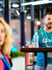 9 Ways to Become a Conference Networking Champ