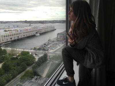 Jess at hotel